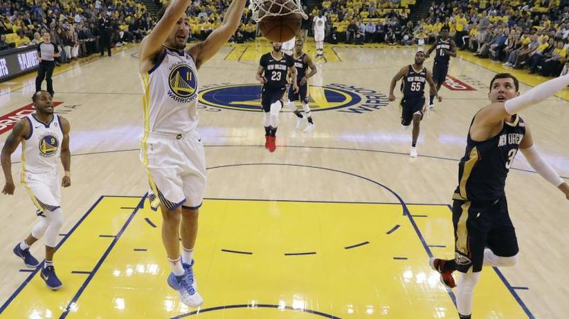 Basketball-Profiliga: NBA-Star Curry führt Golden State ins Playoff-Halbfinale
