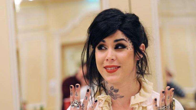 Nachwuchs: Tattoo-Star Kat Von D ist schwanger