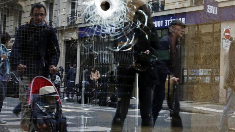 Ein Toter und vier Verletzte: Mutmaßlicher Islamist greift Menschen in Paris an