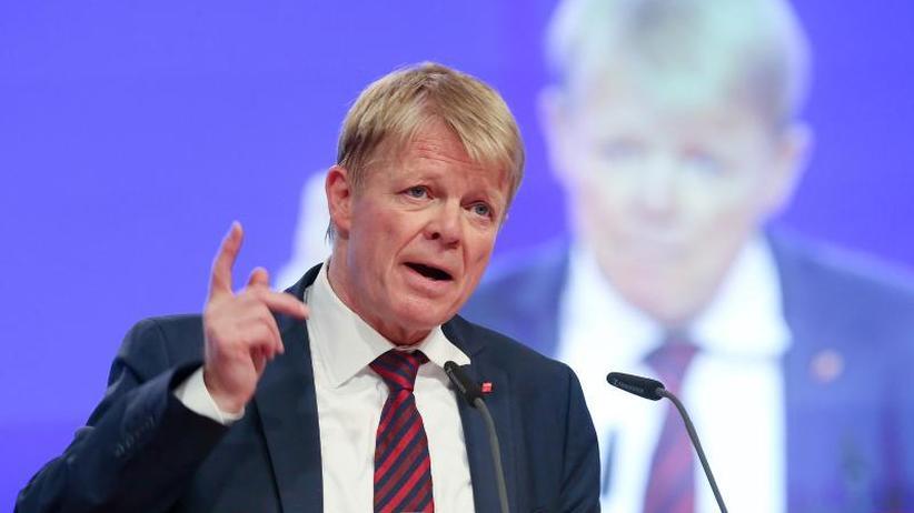 Spitze komplett: DGB-Chef Hoffmann mit Dämpfer im Amt bestätigt