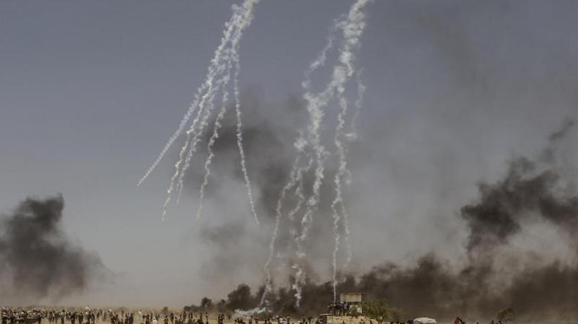 Konfrontation mit Soldaten: Eröffnung von US-Botschaft: 37 Tote bei Protesten in Gaza