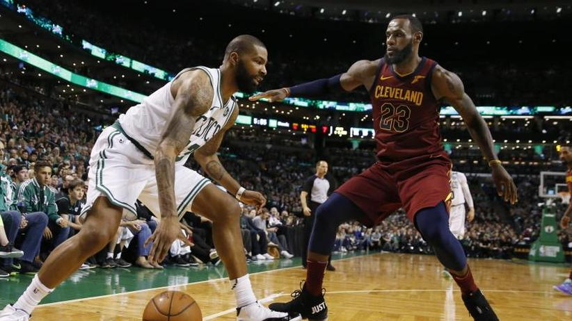 Basketball-Profiliga: NBA-Playoffs: Cleveland verliert erstes Halbfinale in Boston