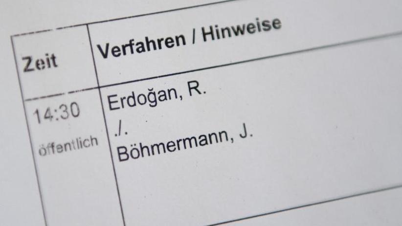 """Urteil in Hamburg: Böhmermanns """"Schmähgedicht"""" über Erdogan bleibt verboten"""