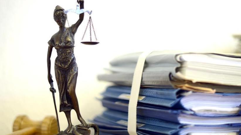 Prozess in Offenburg: Ex-Heimkind streitet vor Gericht gegen Unterhalt für Mutter