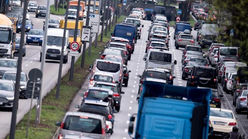 Bundesregierung unter Druck: Zu viel Diesel-Abgase - EU-Kommission verklagt Deutschland