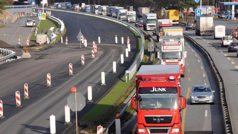 A1 mobil: Klage gegen Autobahnbetreiber:Gericht schlägt Vergleich vor