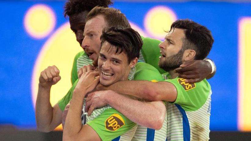 Relegation: Wolfsburg macht ersten Schritt - Kiel steckt noch nicht auf