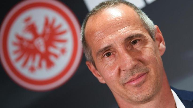 Vorstellung: Frankfurt-Trainer Hütter erfüllt sich Bundesliga-Traum