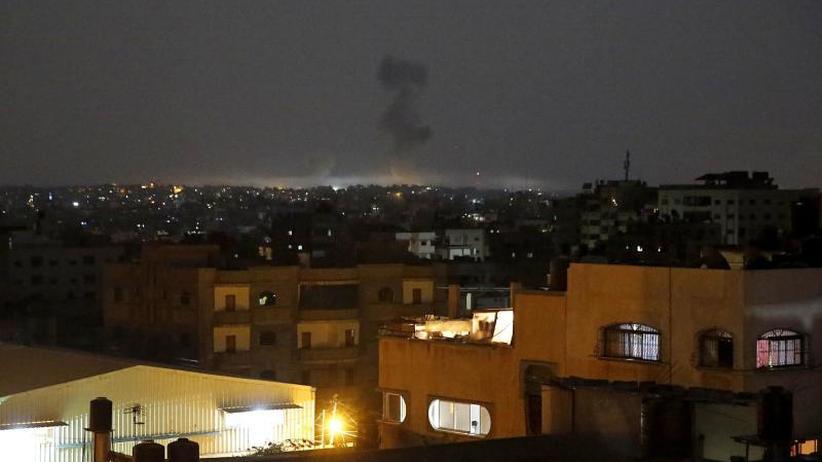 Eskalation im Gazastreifen: Nahost-Konflikt: Israelis greifen Hamas-Ziele an