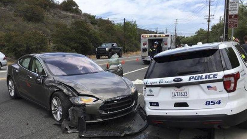 Dritter Crash in diesem Jahr: Weiterer Tesla-Unfall mit eingeschalteter Autopilot-Software