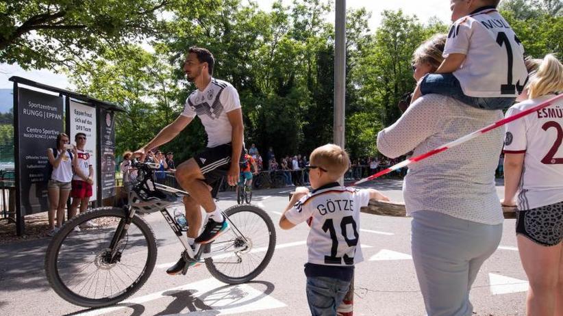 Trainingscamp in Eppan: DFB-Leitwölfe betonen den Jogi-Faktor