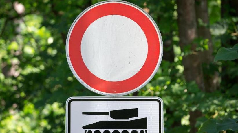 Mobilität des Militärs: EU will für 6,5 Milliarden panzertaugliche Straßen bauen
