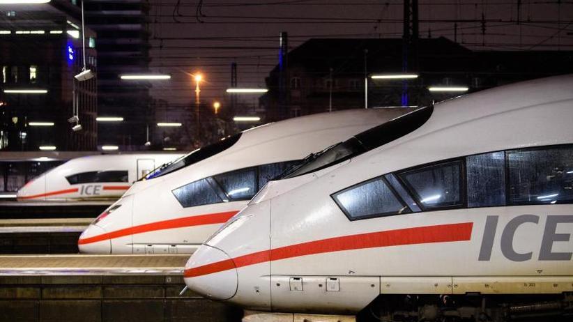 Medienbericht: Bahnchef Lutz verspricht mehr Pünktlichkeit im Fernverkehr