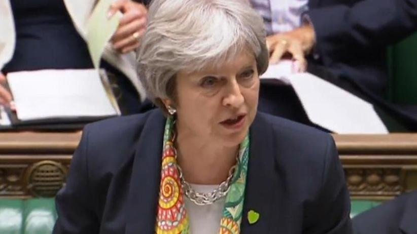 May muss zittern: Brexit-Machtprobe im britischen Parlament verschärft