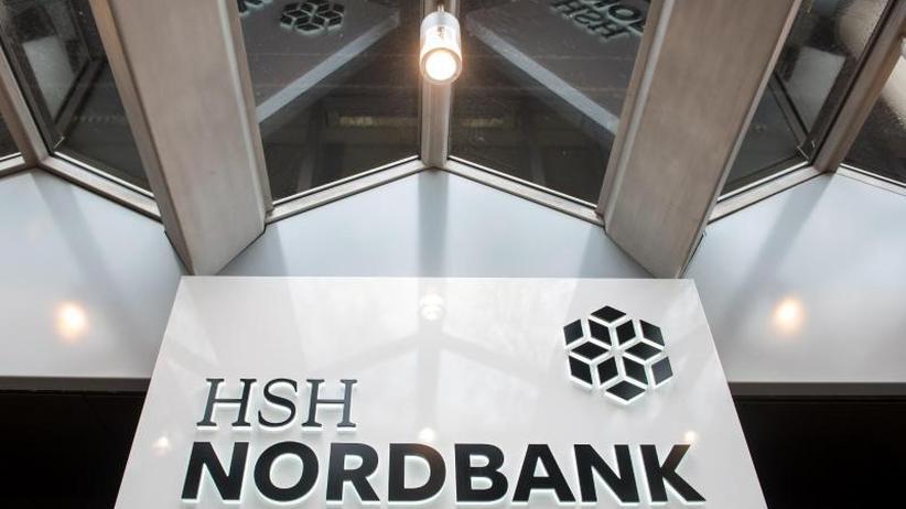 """10,8 Milliarden Euro verloren: Hamburg billigt HSH-Nordbank-Verkauf: """"Kleinere Katastrophe"""""""