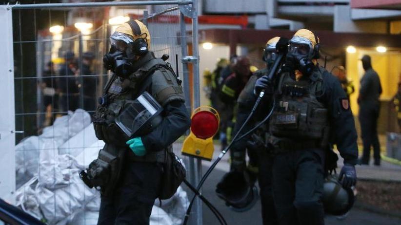 Generalbundesanwalt ermittelt: Verdächtige Stoffe in Kölner Hochhaus noch nicht analysiert
