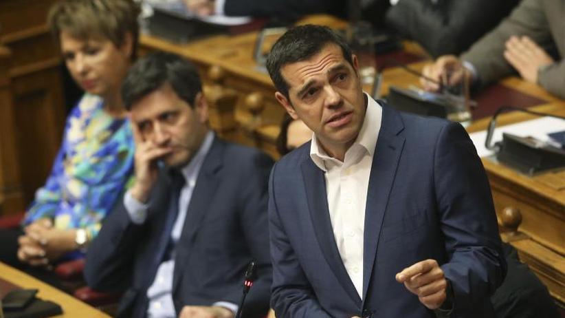 Proteste: Athener Parlament billigt abermal ein großes Sparprogramm
