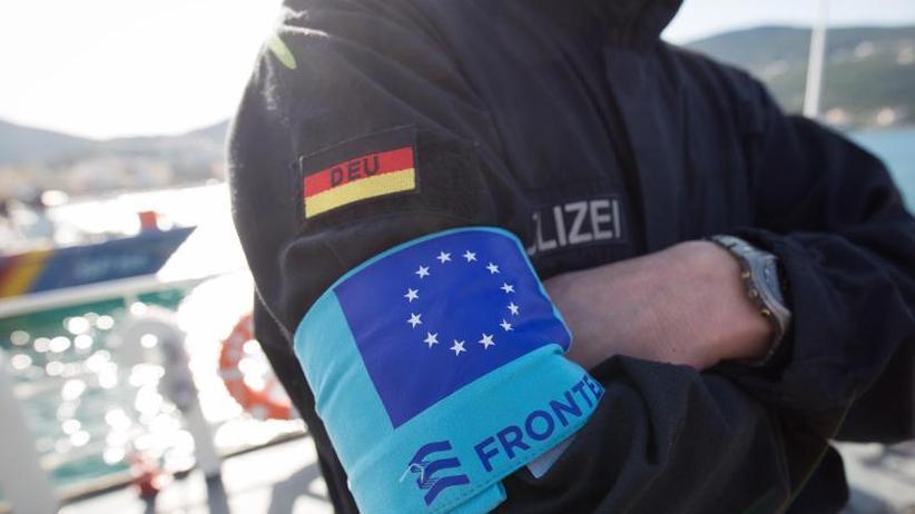 """Hintergrund: """"Ein neues Kapitel: Was Merkel und Macron planen"""