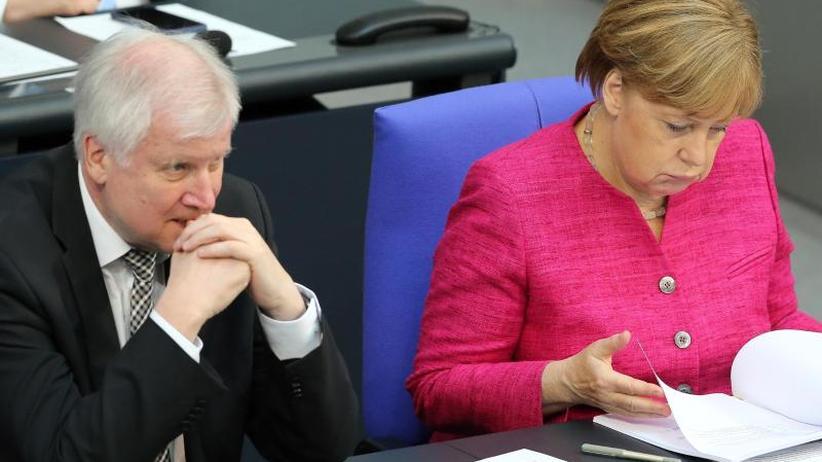 Kurz vor dem EU-Asyl-Treffen: Seehofer erkennt Merkels Richtlinienkompetenz nicht an