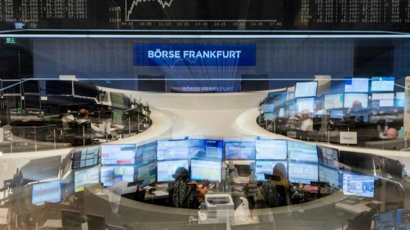 Börse in Frankfurt: Dax rutscht immer weiter ab