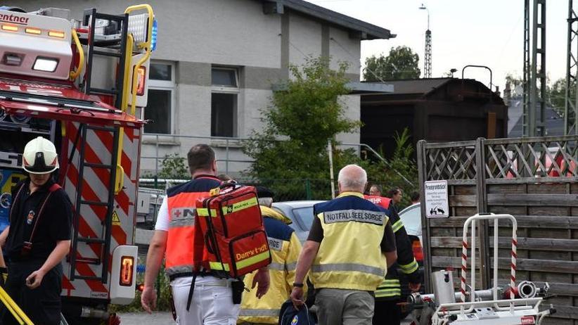 Auf Güterwagen geklettert: 13-Jähriger stirbt nach Stromschlag an Bahnhof