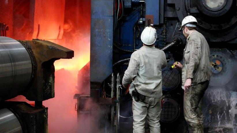 Betriebsversammlung: Zustimmung bei Thyssenkrupp-Stahlkochern zur Fusion mit Tata