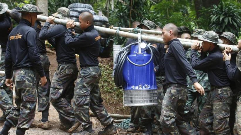 Sauerstoffleitung im Bau: Taucher stirbt in thailändischer Höhle