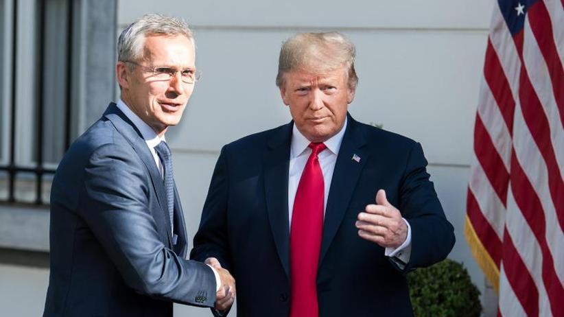 """Kampfansage vor Spitzentreffen: Trump vor Nato-Gipfel: Deutschland """"Gefangener"""" Russlands"""