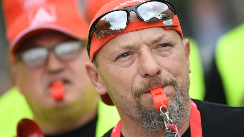 Werksschließung droht: Arbeitsgericht: Streik bei Halberg Guss kann weitergehen