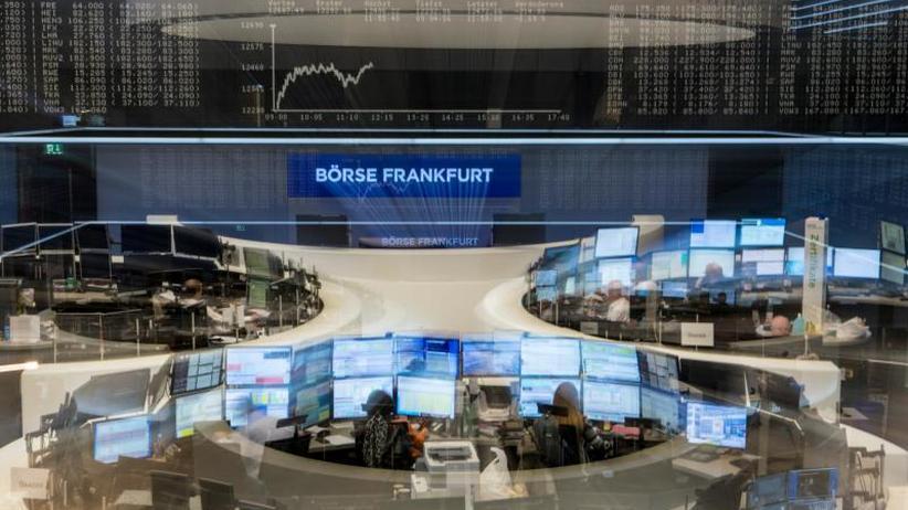 Börse in Frankfurt: Dax geht mit leichten Gewinnen ins Wochenende