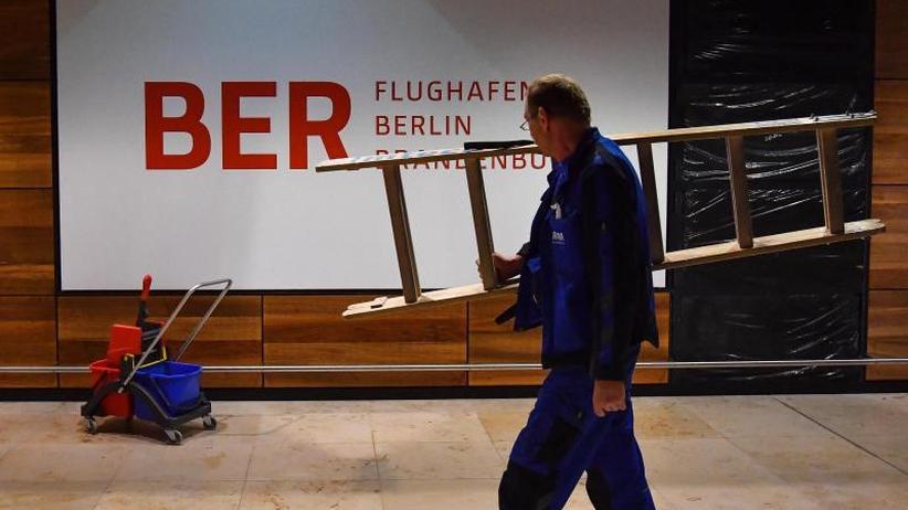 Hauptstadtflughafen: Finanzplan für Ausbau des Flughafens BER unklar
