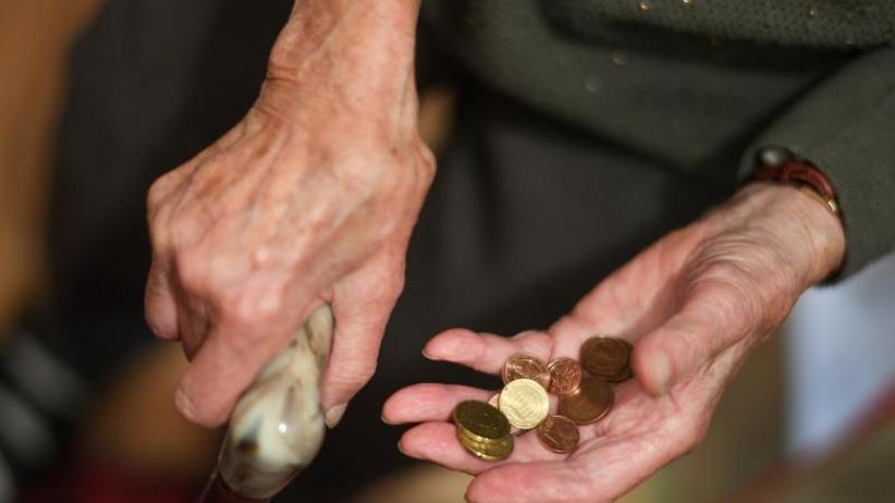 Fragen und Antworten: Heils Rentenpaket: Wer soll profitieren?
