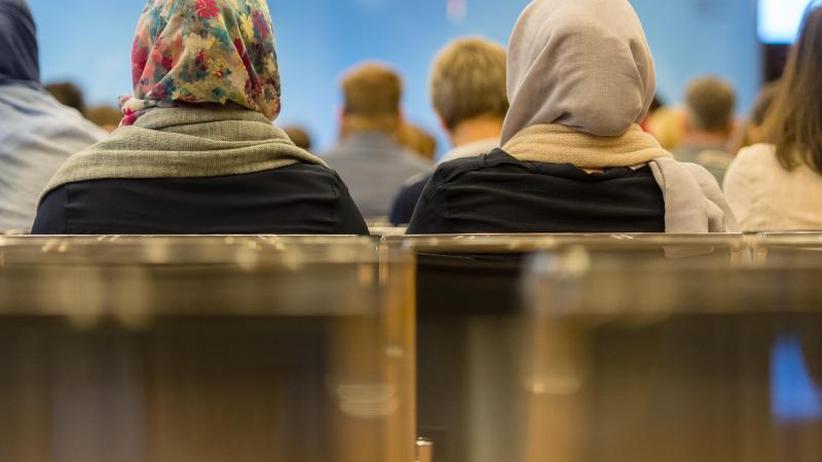 Wechselnde Teilnehmer: Innenministerium will Islamkonferenz breiter aufstellen