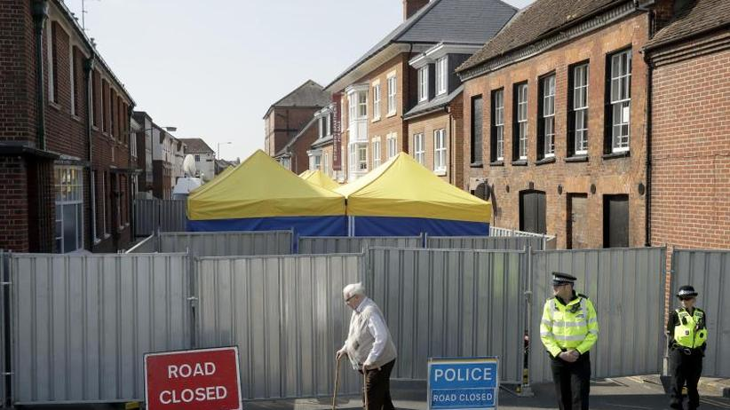 Paar vergiftet: Scotland Yard: Behälter mit Nowitschok in Amesbury gefunden