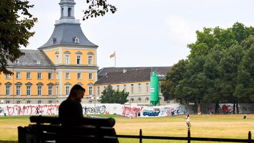 """Bonn: Geschlagener jüdischer Professor wirft Polizei """"Lügen"""" vor"""