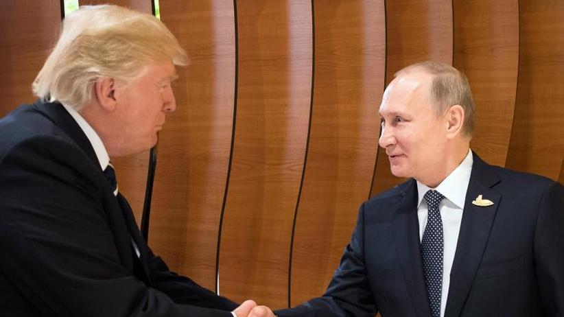 US-Präsident unter Druck: Neue Anklagen gegen Russland trüben Trumps Gipfel-Show