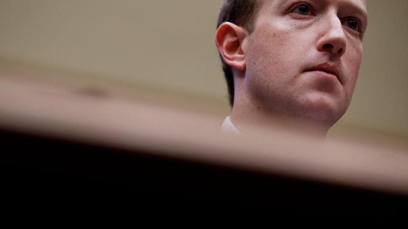 Facebook: Zuckerberg will Posts von Holocaust-Leugnern nicht löschen