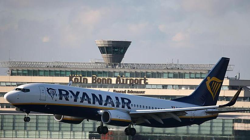300 Flüge Abgesagt Ryanair Streik Zur Ferienzeit Verärgert