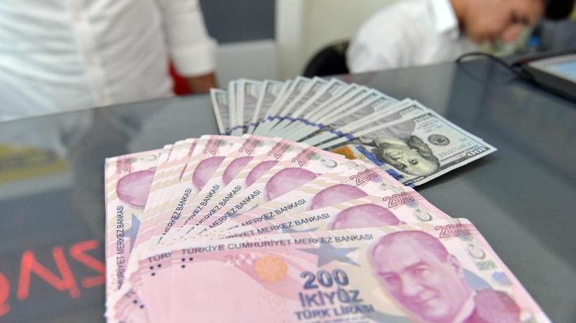 Lira auf Rekordtief: Streit zwischen Türkei und den USA verschärft sich