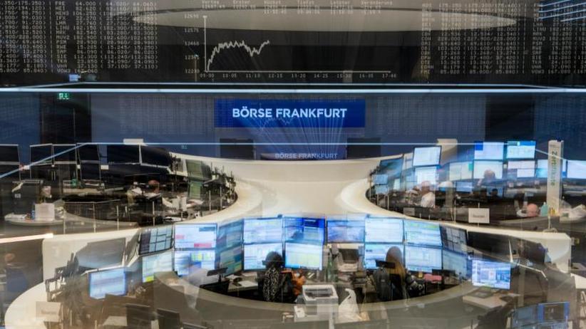 Börse in Frankfurt: Dax schließt unter 12 000 Punkten