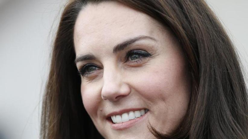 Neues Urteil: Schadenersatz für Herzogin Kate wegen Oben-ohne-Fotos