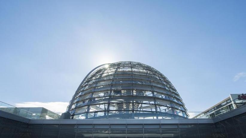Ziel: Hilfe für Kommunen: Bundestag berät über Grundgesetzänderung und Teilzeit