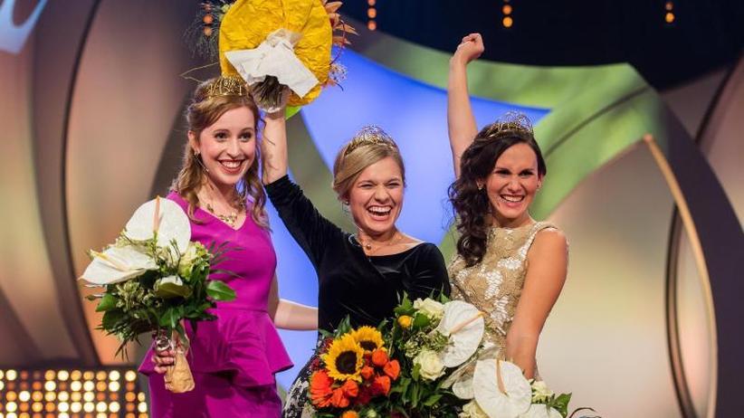 Gala in Neustadt: Carolin Klöckner aus Württemberg ist neue Weinkönigin