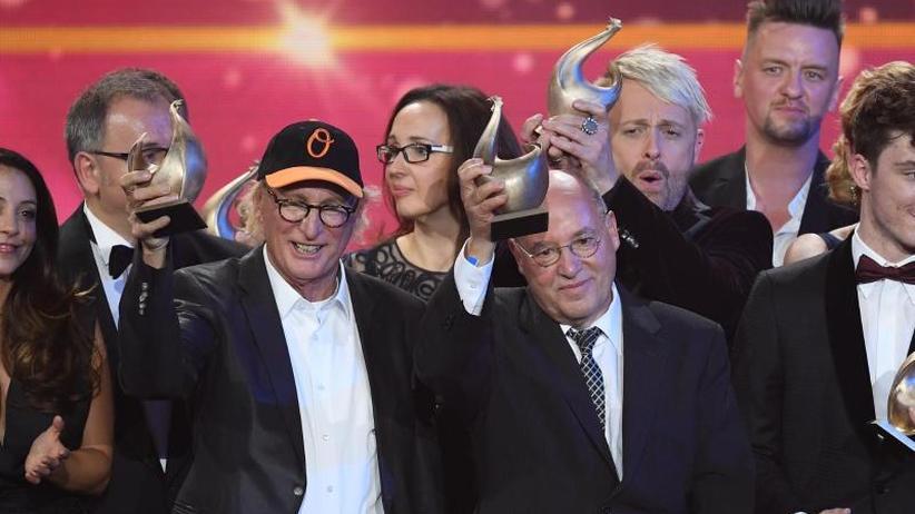 """Preisverleihung: Kreischalarm und """"#wirsindmehr"""" bei der """"Goldenen Henne"""""""
