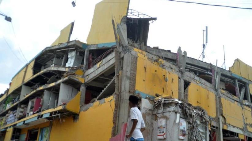 Katastrophe auf Sulawesi: Mehr als 380 Tote bei Beben und Tsunami in Indonesien