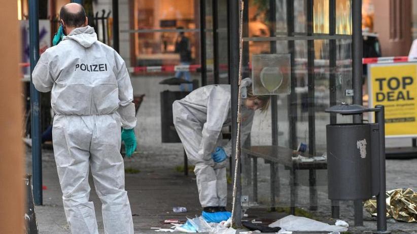Drei Verletzte: Nach Messerattacke in Ravensburg: Polizei sucht nach Motiv