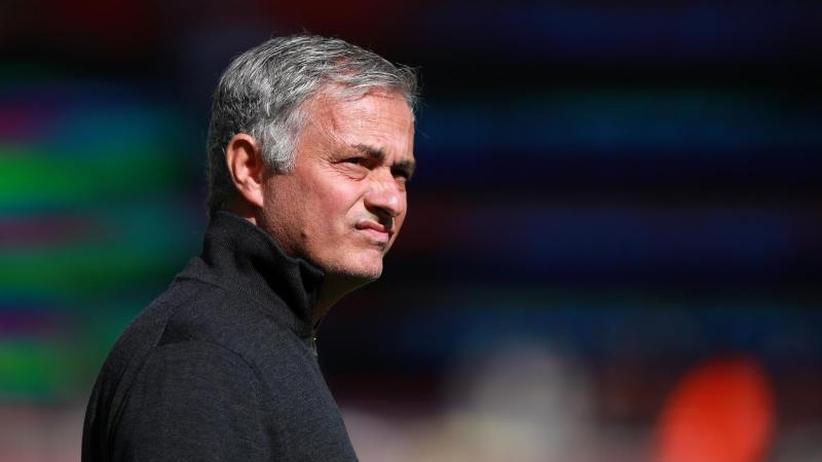Premier League: Schlappe für Mourinho und Manchester - Özil-Tor für Arsenal
