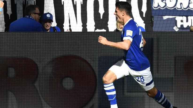 Bundesliga: Schöpf erlöst Schalke: Erster Saisonsieg gegen Mainz