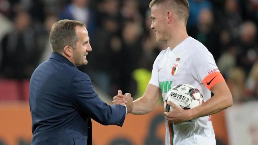 """4:1 gegen Freiburg: Augsburg feiert Finnbogason - Drei-Tore-Comeback """"Wahnsinn"""""""