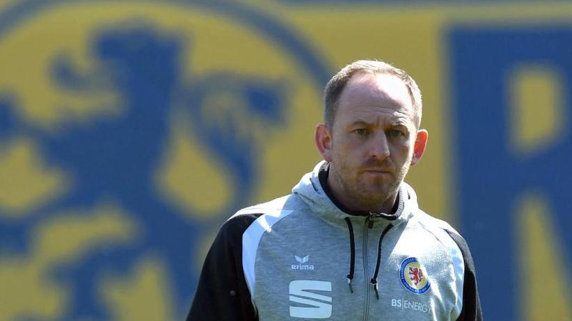 2. Liga: Duisburg beurlaubt Trainer Gruew - Lieberknecht Nachfolger